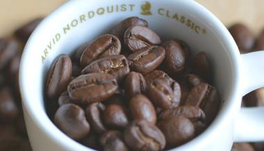 mörkrostat kaffe bättre för magen